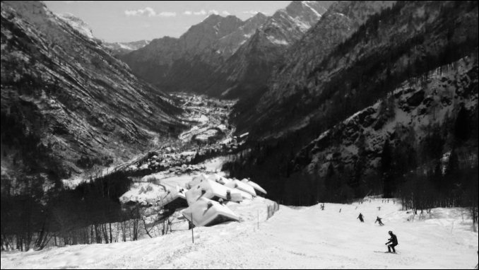 Alagna slopes bw